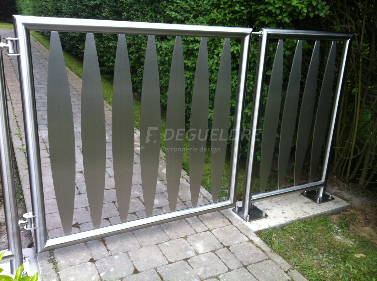 Grille Portillon Portail Contemporaine Metallique Barriere Metal Inox Acier Design Degueldre