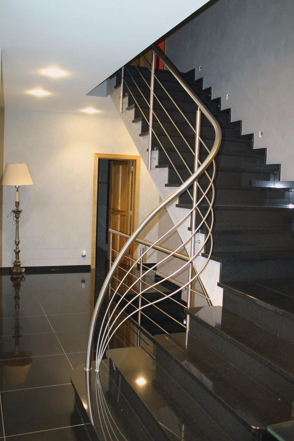 garde corps inox cintre degueldre ferronnerie d 39 art. Black Bedroom Furniture Sets. Home Design Ideas